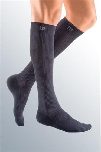 CCL 2 23-32 mmHg Mediven for Men Compression Socks Petite Length